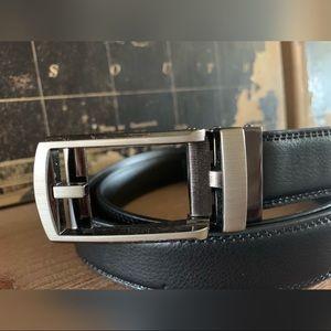 """NWOB Comfort Click Belt Fits 28""""-48"""""""